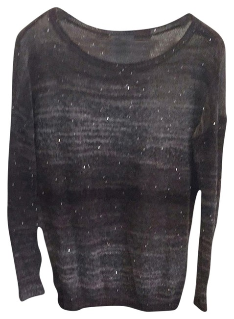 Preload https://item3.tradesy.com/images/vince-gray-sweaterpullover-size-0-xs-2307502-0-0.jpg?width=400&height=650