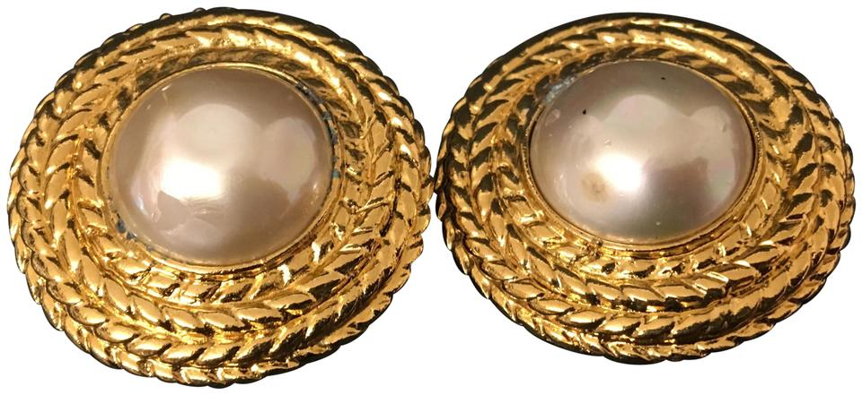 33804e695319b1 Chanel CHANEL Gold Plated CC Imitation Pearl Vintage Earrings Made in France  Image 0 ...