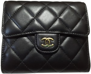 c4de9f126cee95 Chanel Chanel Classic Small Flap Black Trifold Wallet
