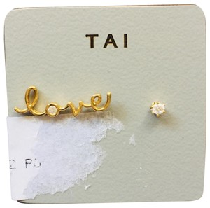 Tai tai love diamond stud earrings NWT