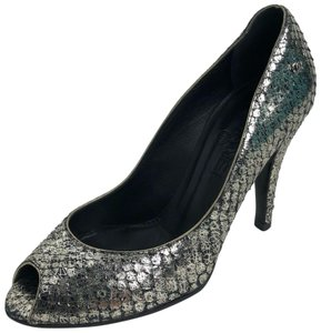 Chanel silver metallic, as pictured Pumps