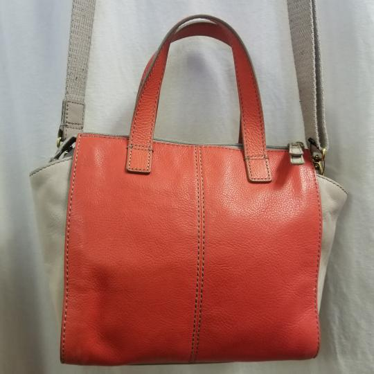 Fossil Satchel in Ivory/Coral Image 2
