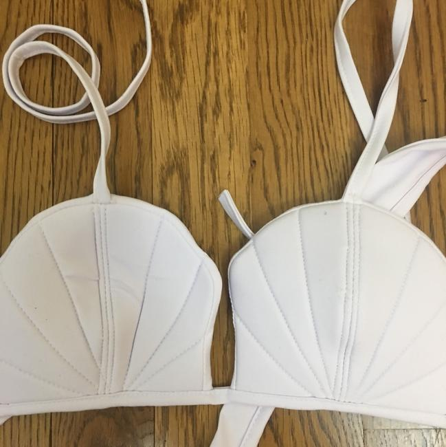Unbranded white mermaid shell bikini top xs new in package Image 2