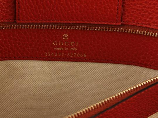 Gucci Leather Tote in Red Image 10