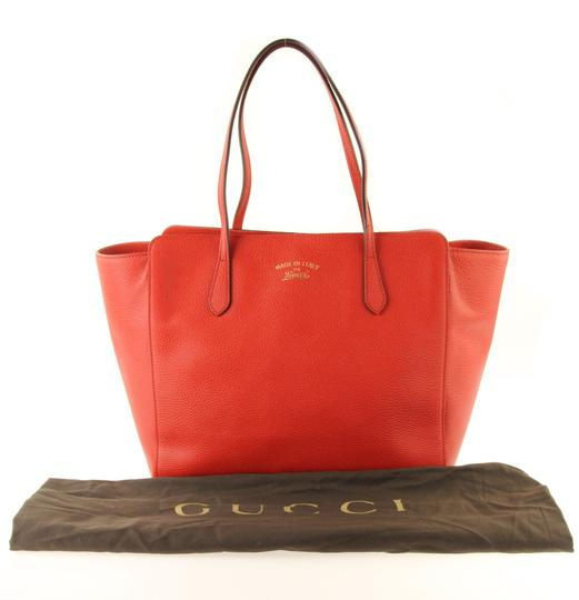 Gucci Leather Tote in Red Image 11