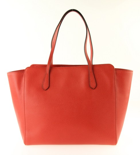 Gucci Leather Tote in Red Image 2