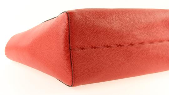 Gucci Leather Tote in Red Image 7