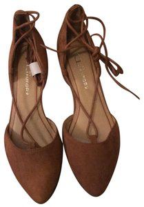 Chinese Laundry camel Flats