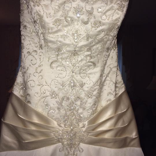 Allure Bridals Off White W/ Ivory Trim Silk Organza Wedding Dress Size 8 (M)