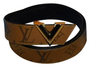 Louis Vuitton Essential V 30 MM Belt 90/36