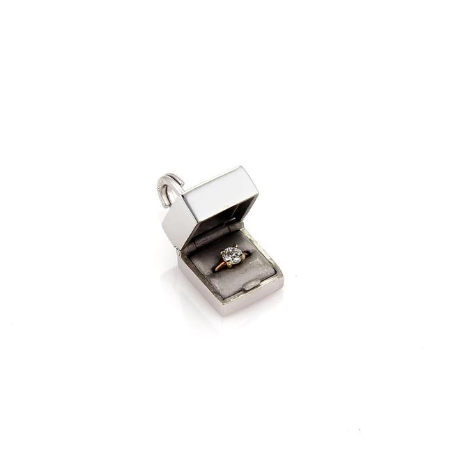 Item - (22049 M) Box Diamond 18k White Gold Ring In A Pendant Opens Up Charm