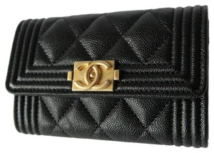 01d88b1b0acc Chanel Quilted Wallets - Up to 70% off at Tradesy