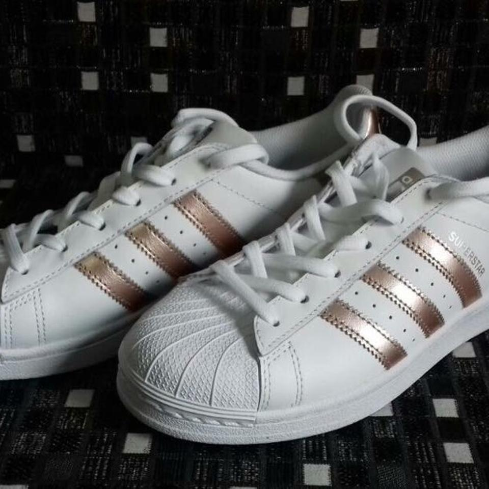 detailed look f4036 4e2e4 adidas White/Rose Gold Superstar Sneakers Size US 6 Regular (M, B)