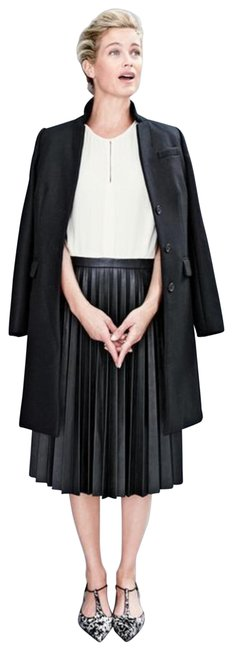 Item - White and Black Two-tone Pleated Leather Skirt Mid-length Work/Office Dress Size 2 (XS)