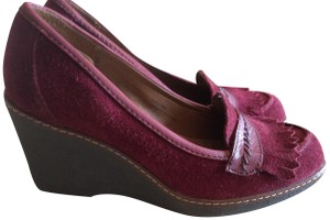 Naturalizer Wedge Burgundy color Pumps