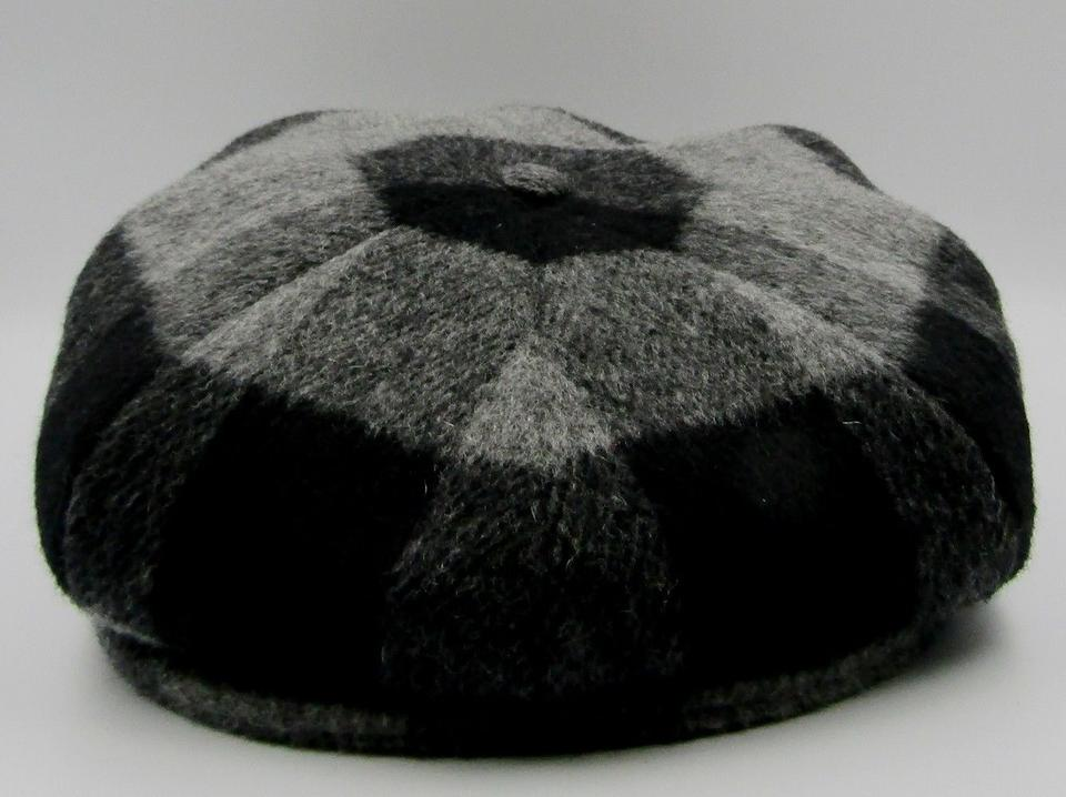 883faa970a6 Burberry Gray Black New Wool Beret Unisex Plaid Driving Cap Hat ...