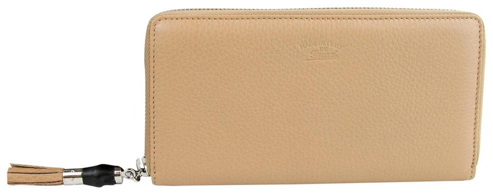 bcbc2a6dadc Gucci Tan light Brown Leather Zip Around Wallet w logo 307984 2754 Image 0  ...