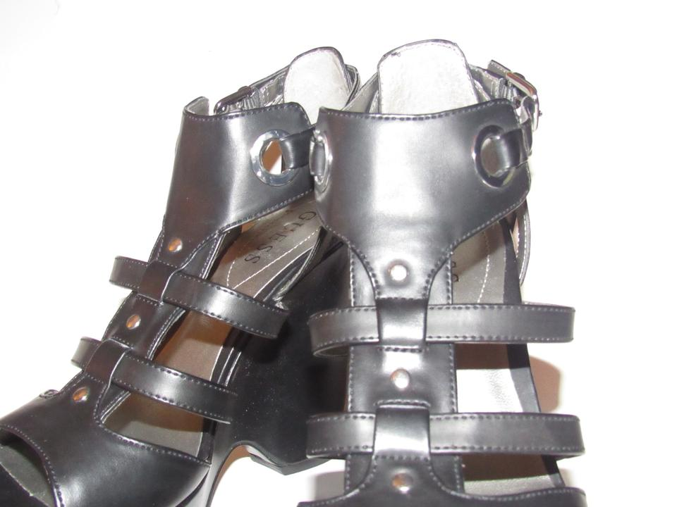 Guess Black Strappy T strap Platform Sandals with Chrome Buckles Box ShoesNew In Wedges Size US 7 Regular (M, B) 41% off retail