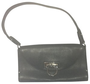 2749f140bb77 Salvatore Ferragamo Bags - Up to 90% off at Tradesy
