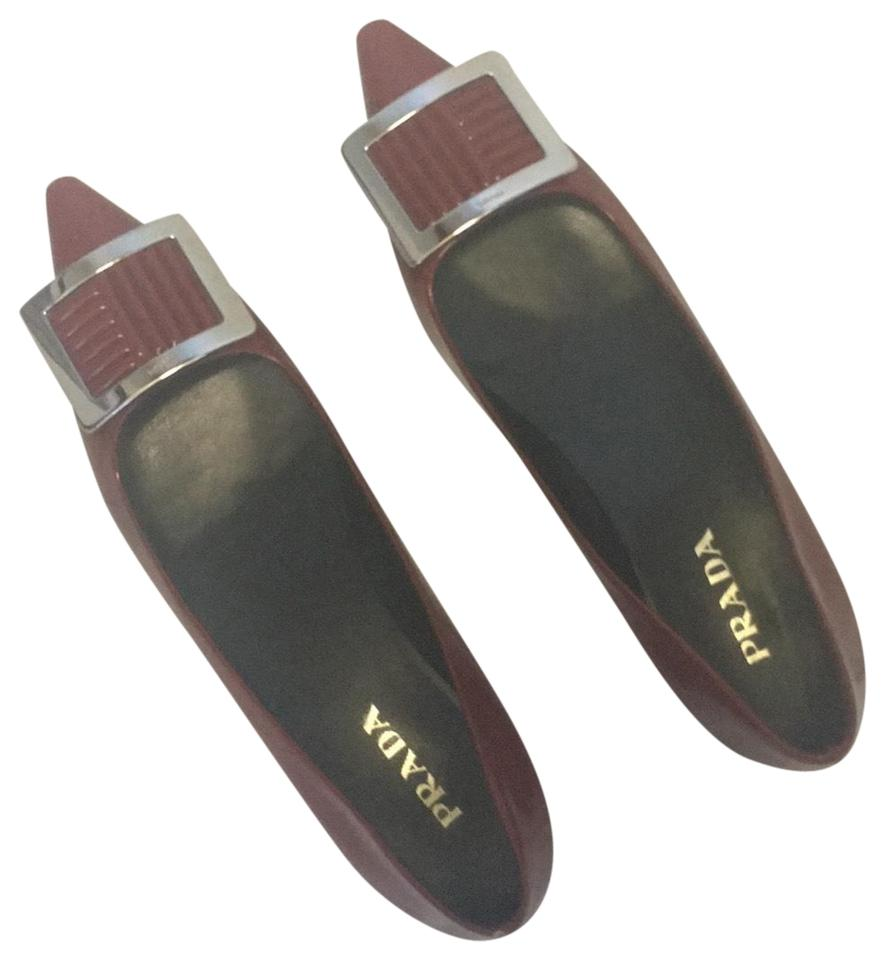 Prada with Red Patent Leather Pointed with Prada Toe Detail Flats 28ee3e