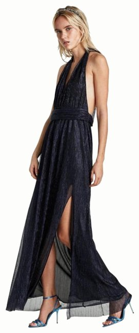 Item - Blue Halter Neck Low Cut Gown with Slit Long Formal Dress Size 8 (M)