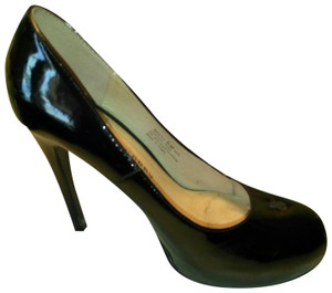 Chinese Laundry Glossy Black Pumps