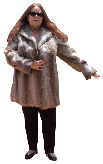 Item - Brown XL Lightweight Nutria Stroller Cool Swirled Sleeves Imported Coat Size 16 (XL, Plus 0x)
