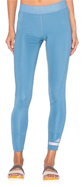Item - Blue Women's Cropped Performance Activewear Bottoms Size 6 (S, 28)