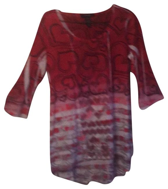 Item - Deep Red Gray Tones Light Pink and Mauve - White Accents Tossed Hearts Tee Shirt Size 8 (M)