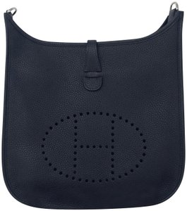 Hermès Evelyne Evelyne Iii Evelyn Iii 29 Runway Bleu Nuit Cross Body Bag