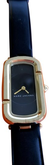 Preload https://img-static.tradesy.com/item/23095534/marc-jacobs-black-and-gold-monogram-leather-watch-0-2-540-540.jpg