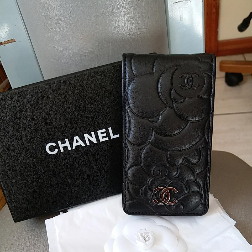 100% authentic 87760 4ef66 Chanel Camilla Iphone 4 Case Black Lambskin Leather Clutch 66% off retail