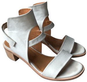 Coclico Spring Leather Slingback White Sandals