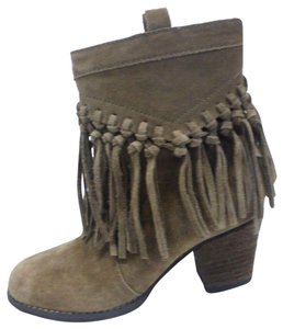 Sbicca Tan Suede Boots
