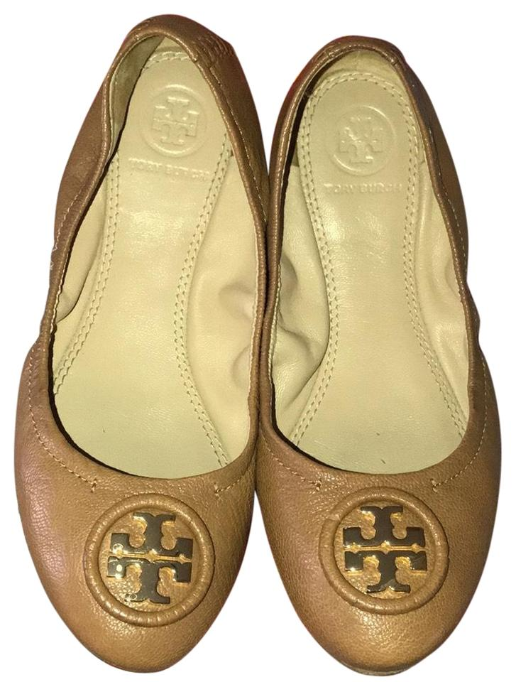 daf6e0f0fb0 Tory Burch Camel with Gold Hardware Flats Size US 5 Regular (M