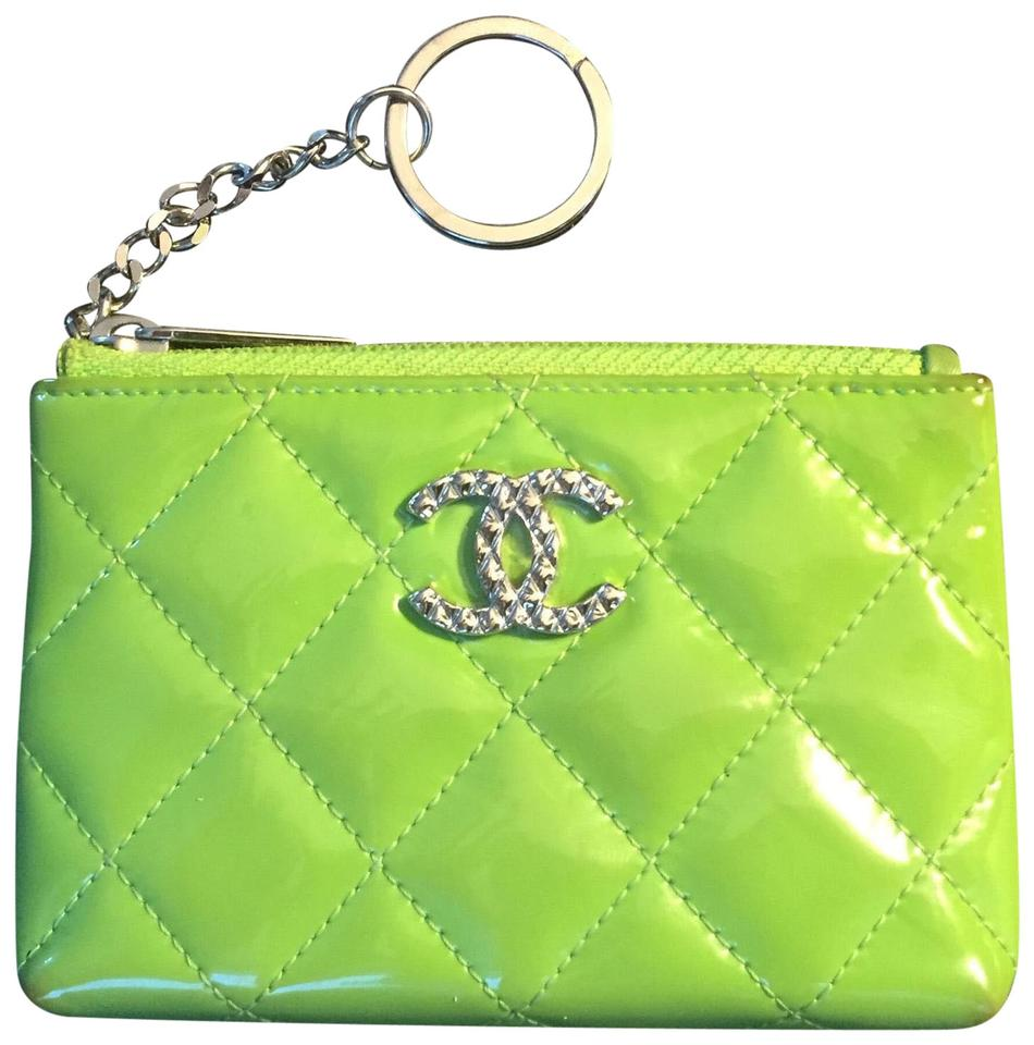 d40fcfe25fdc91 Chanel Lime Green Patent Quilted Zip Coin Purse with Key Ring Wallet ...