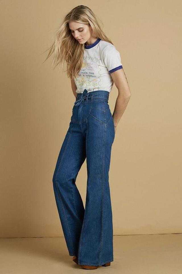 detailed images search for official cozy fresh Medium Blue Wash Waiting For The Sun Bell Bottom 70s Style High Waisted  Flare Leg Jeans Size 25 (2, XS) 29% off retail