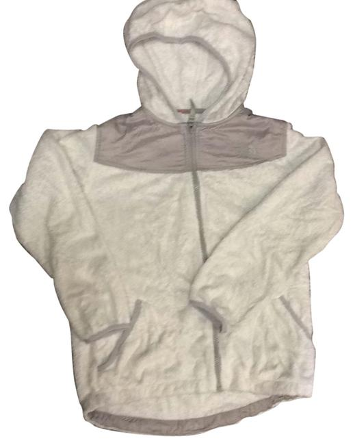Preload https://item1.tradesy.com/images/the-north-face-girls-sweatshirthoodie-size-4-s-23101430-0-1.jpg?width=400&height=650