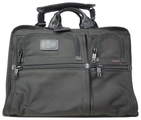 Preload https://item4.tradesy.com/images/tumi-alpha-2-travel-and-business-large-screen-laptop-briefcase-26-black-nylon-messenger-bag-23101613-0-1.jpg?width=440&height=440