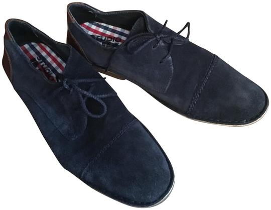 Preload https://item1.tradesy.com/images/navy-suede-laceup-loafers-sneakers-size-us-9-regular-m-b-23101680-0-1.jpg?width=440&height=440