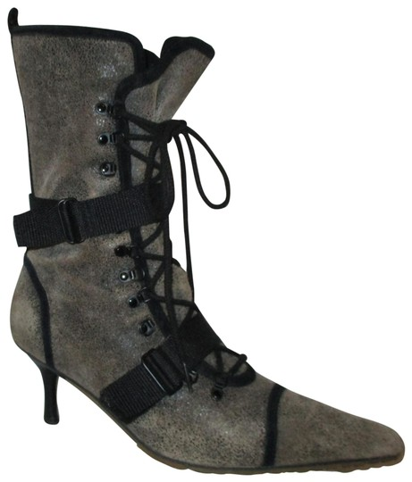 Preload https://item4.tradesy.com/images/diesel-grey-and-black-everest-distressed-leather-bootsbooties-size-us-95-regular-m-b-23102708-0-1.jpg?width=440&height=440