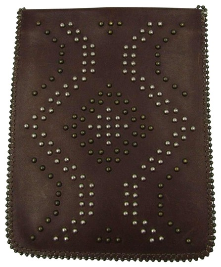 Preload https://img-static.tradesy.com/item/23102723/leatherock-gold-silver-studded-pouch-brown-leather-cross-body-bag-0-1-540-540.jpg
