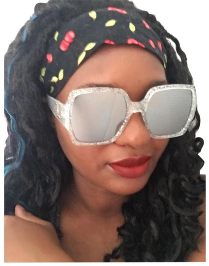 Preload https://item4.tradesy.com/images/mirrored-silver-glitter-clear-black-square-geo-shades-sunglasses-23102883-0-3.jpg?width=440&height=440
