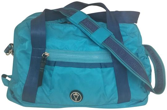 Preload https://img-static.tradesy.com/item/23102887/ivivva-by-lululemon-game-on-duffle-turquoise-and-blue-nylon-weekendtravel-bag-0-1-540-540.jpg