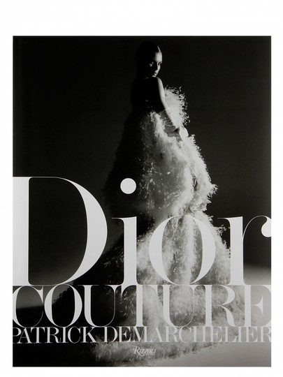 Preload https://item4.tradesy.com/images/dior-black-white-couture-coffee-table-book-23102928-0-0.jpg?width=440&height=440