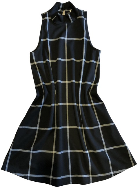 Preload https://img-static.tradesy.com/item/23103174/black-and-white-plaid-short-workoffice-dress-size-4-s-0-1-650-650.jpg
