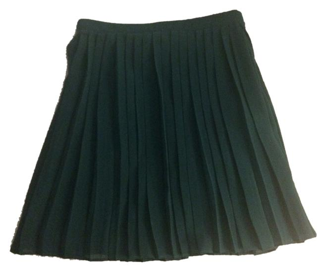 Preload https://item5.tradesy.com/images/forever-21-jade-teal-pleated-knee-length-skirt-size-2-xs-26-2310344-0-0.jpg?width=400&height=650