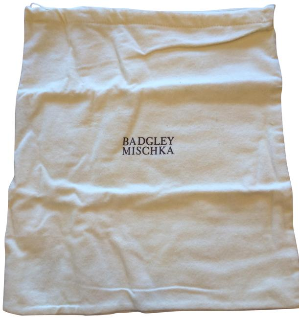 Item - White with Silver Logo Dust Cover Bag
