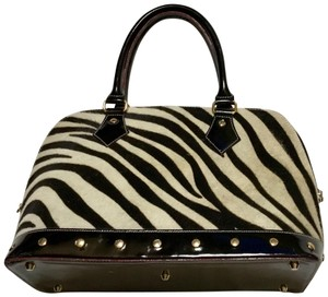 Arcadia Satchel in Black, off white