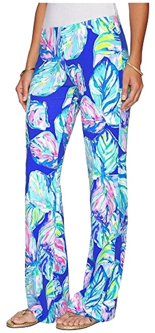 Preload https://img-static.tradesy.com/item/23104052/lilly-pulitzer-casa-del-sol-georgia-may-palazzo-relaxed-fit-pants-size-4-s-27-0-1-650-650.jpg
